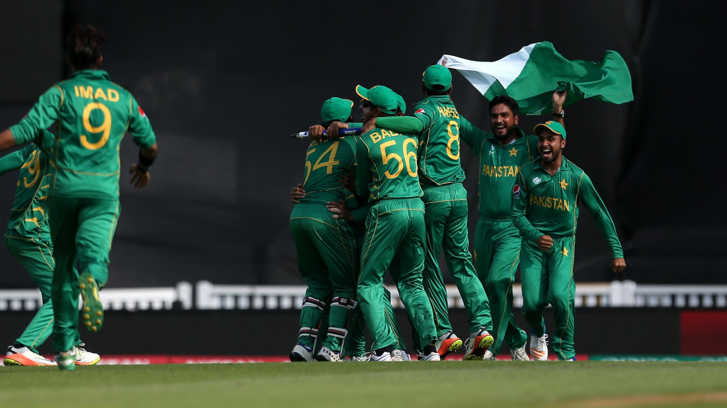 Champions Trophy final: India lose to Pakistan by 180 runs